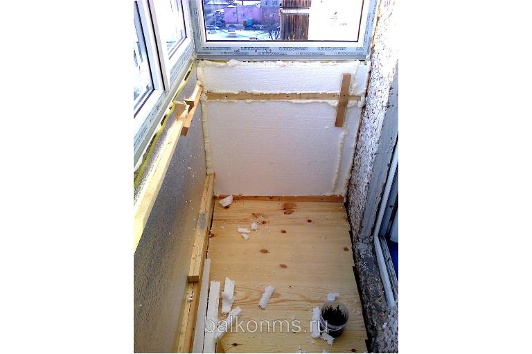 Отделка балкона пластиковыми панелями - г. тюмень, ул. стаха.