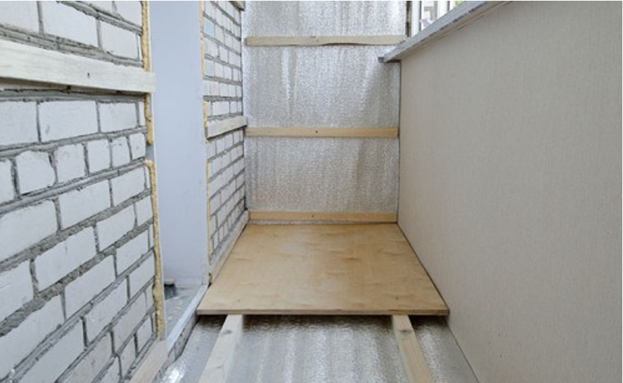 Лаги на балконе для пола своими руками: фото, видео.