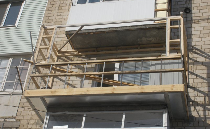 Сауна на балконе: как сделать своими руками баню.